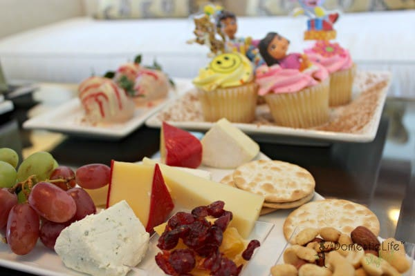 cheese and cupcake tray