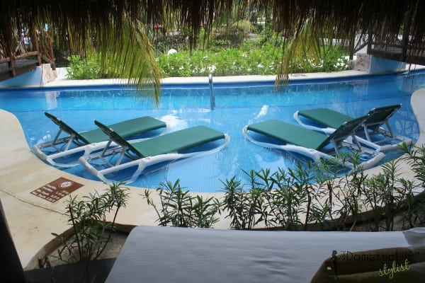 Casitas royale pool