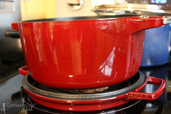 kitchen aid cast iron pot