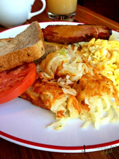 scrambled eggs with cured ham