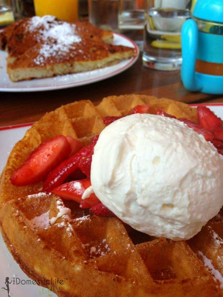 strawberry and cream waffles