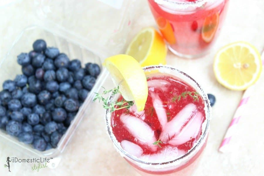thyme blueberry lemonade