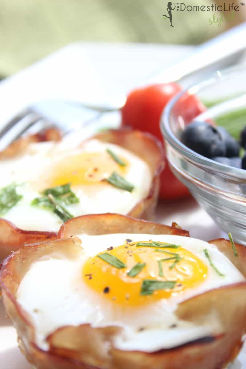 egg and breakfast cups (vertical)