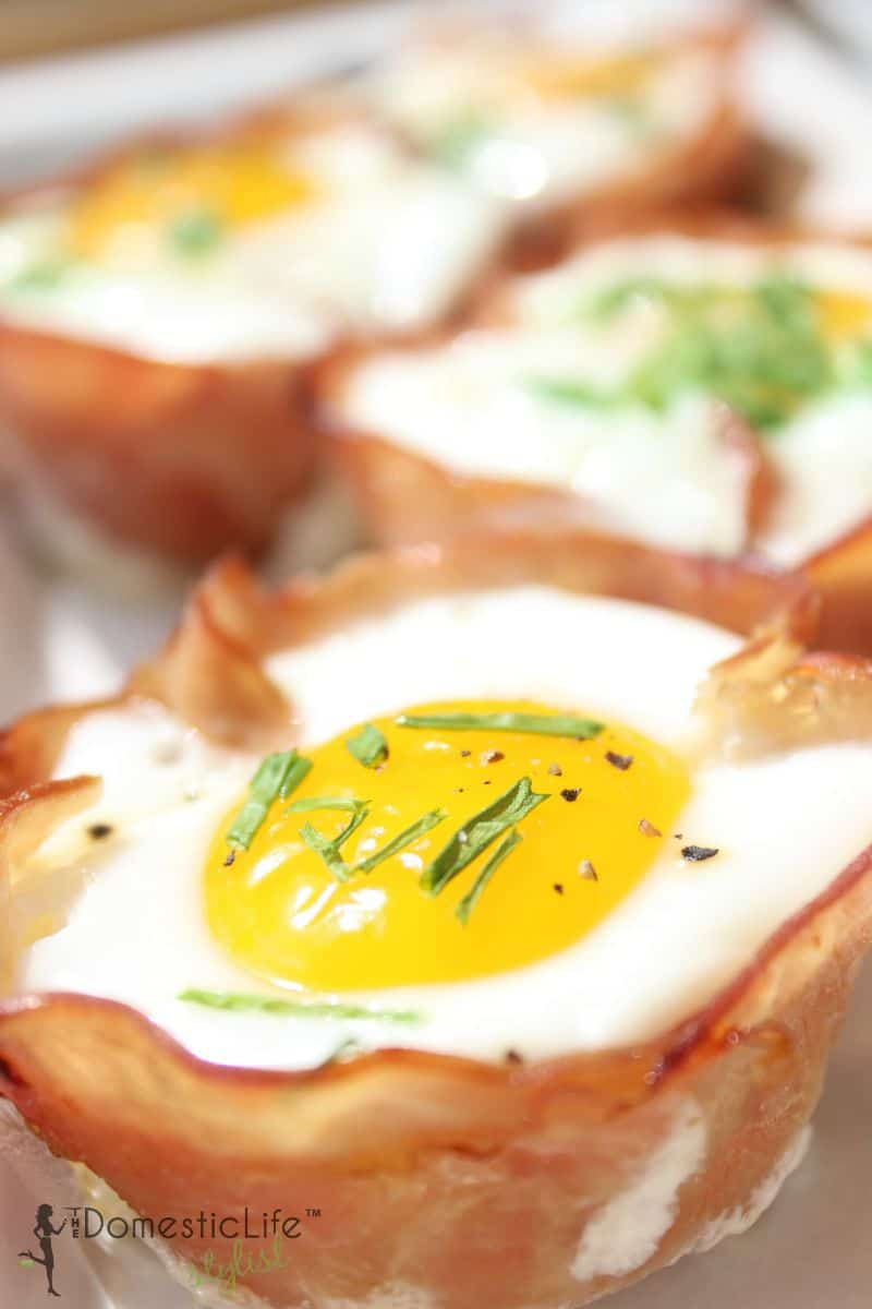 egg and ham breakfast cups