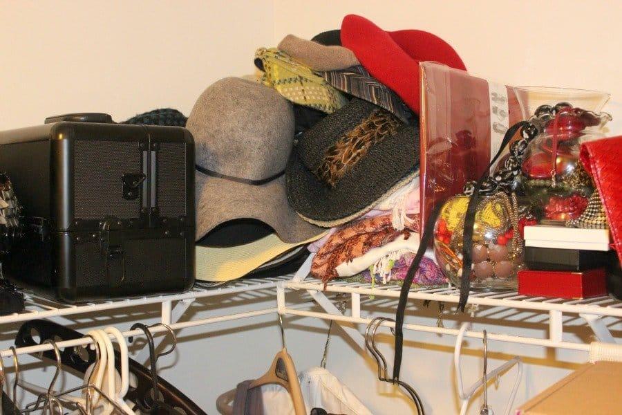 disorganized closet3