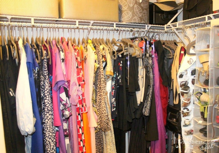 Organized Small Closet 900x600