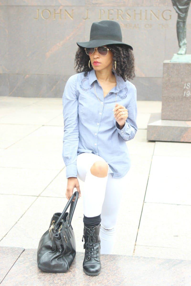 white-jeans-and-chambray-shirt-fall-fashion2