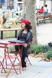 red beret street style