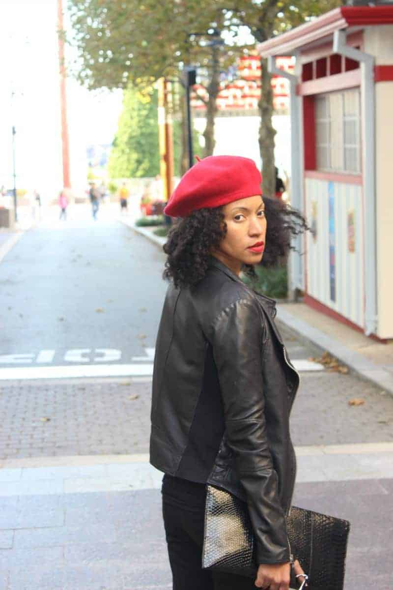 red-and-black-fall-street-style-red-beret-black-leather-jacket5