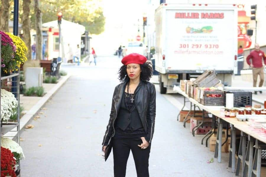 red-and-black-fall-street-style-red-beret-black-leather-jacket6