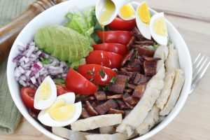 summer cobb salad with spicy balsamic dressing